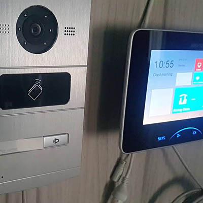Домофоны и системы контроля доступа HiWatch